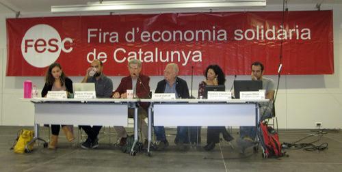 Εκπρόσωποι της Αλληλεγγύης για Όλους, των συνεταιρισμών ΣυνΑλλοις, ΣυνΖω και της Εφημερίδας των Συντακτών κατά την εκδήλωση αφιερωμένη στην Ελλάδα της κρίσης και της αντίστασης μέσω και των δομών αλληλεγγύης και των συνεταιριστικών εγχειρημάτων