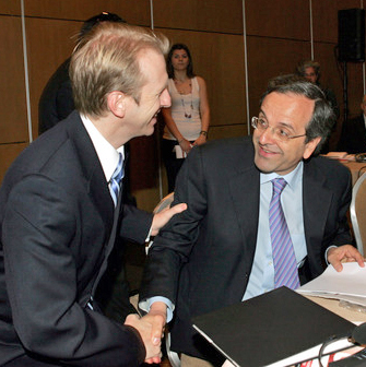 Ο πρέσβης Σπέκχαρντ και ο Αντώνης Σαμαράς το 2009, τη χρονιά κατά την οποία η αμερικανική πρεσβεία επιχειρούσε να νουθετήσει τα ελληνικά ΑΕΙ ΑΠΕ-ΜΠΕ